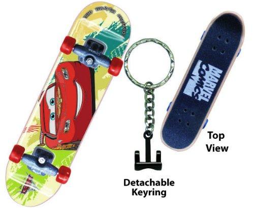 Amazon.com: Disney Cars McQueen – Tabla de skate (Llavero ...
