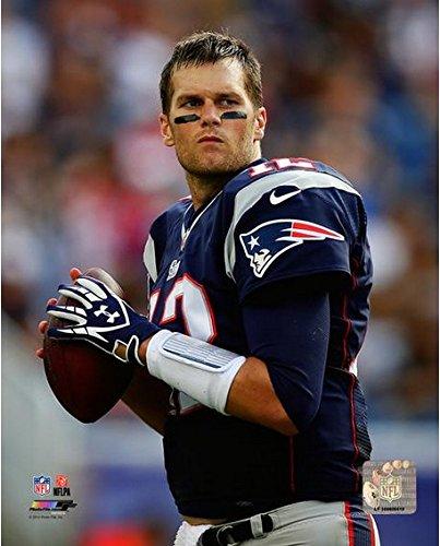 """Tom Brady New England Patriots NFL Action Photo (Size: 8"""" x 10"""")"""