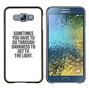 BearCase / Cubierta de protección Caso duro de la contraportada de Shell Plástico /// Samsung Galaxy E7 E700 /// texto blanco negro dios oscuridad religión