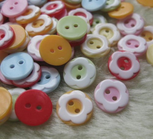 1/2 inch Flower Buttons