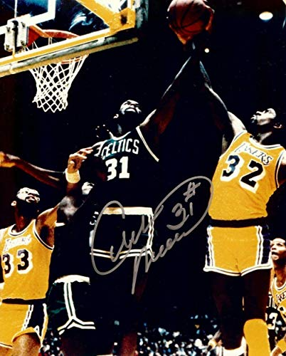 Cedric Maxwell Signed Photo - 8X10 in Air vs Magic w COA - Autographed NBA Photos