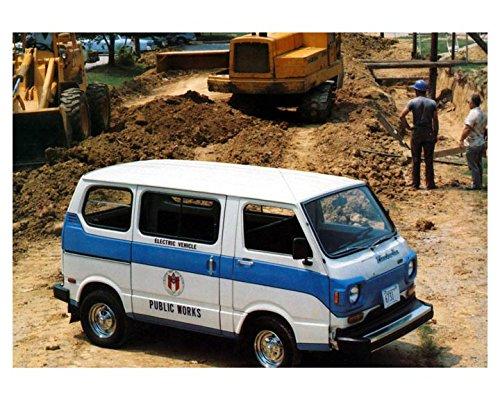 (1980 Jet Electra Van 600 Electric Vehicle GE Automobile Photo Poster)