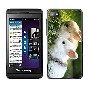 Be Good Phone Accessory // Dura Cáscara cubierta Protectora Caso Carcasa Funda de Protección para Blackberry Z10 // Cute Rabbit Friends