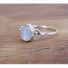 Women Jewellry Ring - Natural Moon stone Ring, Blue Rainbow Moonstone Ring Jewelry - Oval Moonstone Rings - Size 8, 9 - Gift For Ring