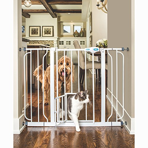 CARLSON PET GATES Extra Wide Walk Through Gate with Pet Door