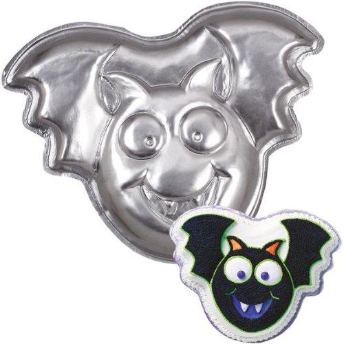 Wilton Just Batty / Bat / Vampire / Halloween Cake Pan (2105-6411, 2004)