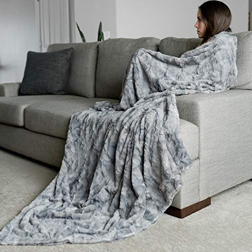 GRACED SOFT LUXURIES Oversized Softest Warm Elegant Cozy Faux Fur Home Throw Blanket 60 x 80, Marbled Gray