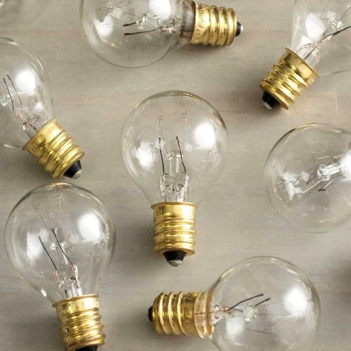 Pack of 25 Glass Globe Light Bulbs – Clear G40 size with Candelabra Screw Base – Incandescent Replacement Bulbs. C7 / E12 base