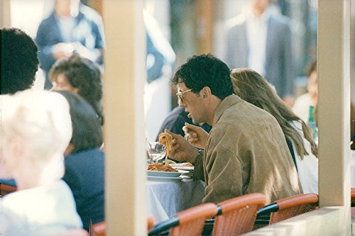 Vintage photo of Sylvester Stallone and Jennifer Flavin sit and eat in Rome