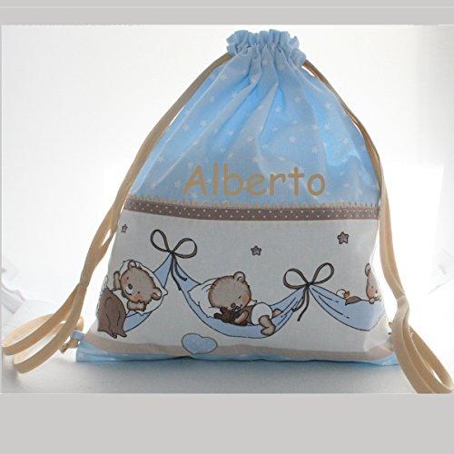 15ba8c0a7 Bolsa mochila osos durmiendo, en tela pique celeste con estrellas blancas,  personalizada con nombre