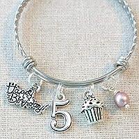 5th BIRTHDAY BRACELET, 5th Birthday Charm Bracelet, 5 Year Old Daughter Birthday Gift Idea, Fifth Birthday Gift, 5 Year Old Birthday Bangle