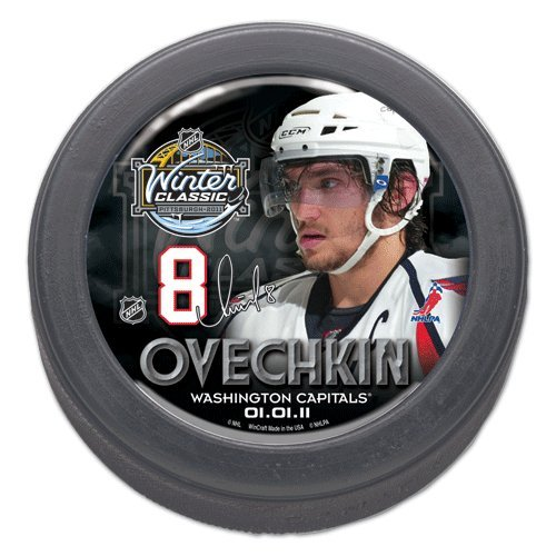 Washington Capitals Alexander Ovechkin 2011 official NHL Winter Classic Players Domed photo Puck
