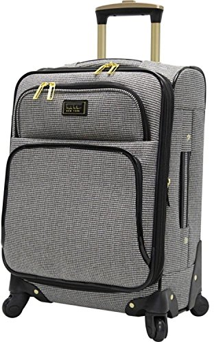 Best Carry-On Luggage for Women – Traveling with Luggage