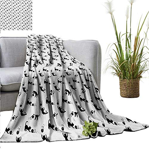 - Faux Fur Throw Blanket Cat,Cute Domestic Animals Chasing After Yarn Balls Jumping Playful Kitties Feline Fun,Black White Reversible Soft Fabric for Couch Sofa Easy Care 60
