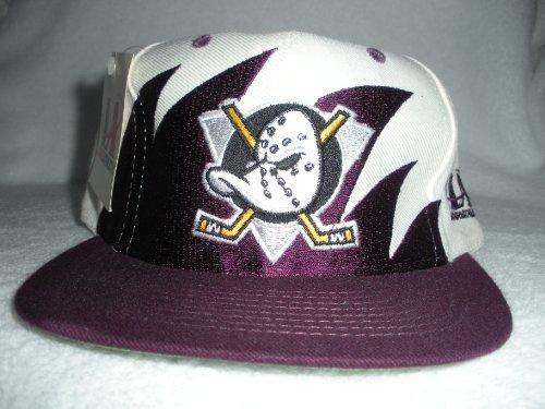 Anaheim Mighty Ducks Vintage Sharktooth Snapback Hat ()
