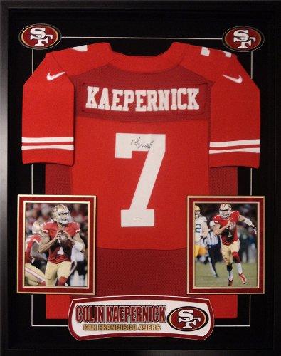 – Colin Kaepernick Signed Jersey ()