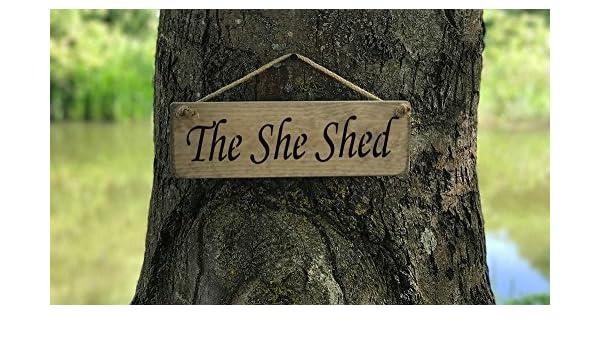 La señal de ella cobertizo madera maciza vintage cocina decoración para el hogar con texto en inglés hecho a mano por producto funda Austin Sloan: ...