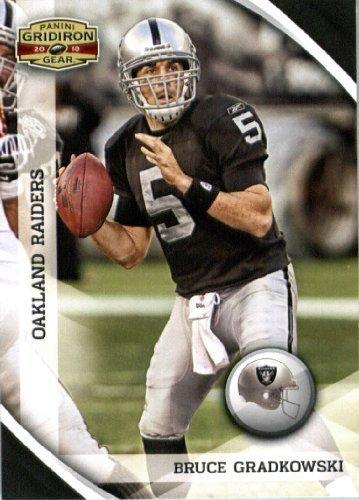 2010 Panini Gridiron Gear Football Card #108 Bruce Gradkowski - Oakland Raiders - NFL Trading Card ()