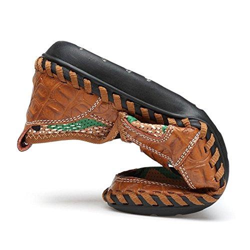 Hombres Ponerse Casual Mocasines Respirable Mocasín Suave Zapatos de tenis Pisos Conducción Zapatos marrón Hecho a mano Para caminar Hueco Verano Brown