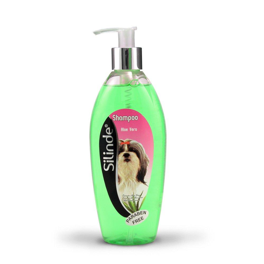 Shampooing pour chien à l'Aloe Vera 300ml pour nourrir le poil de votre animal. Shampooing pour le soin de la peau et des poils de votre animal VALENVER COSMETICS S.L.