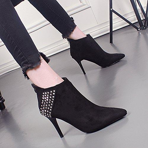 KHSKX-Una Mujer Coreana Remache Punto Corto Botas Martin Nuevas Botas De Invierno Gamuza Stilettos Todos Coinciden Con Botas De Tobillo black