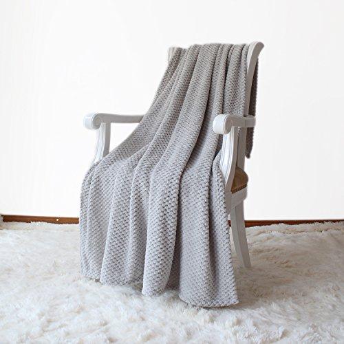 Simple&opulence Solid Coral Jacquard Dot Velvet Throw Blanket