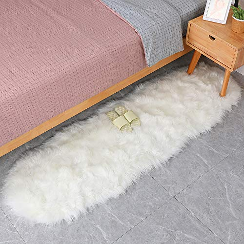 Faux Sheepskin Area Rugs,Villsure Silky Long Wool Carpet for Living Room Bedroom, Children Play Dormitory Home Decor Rug