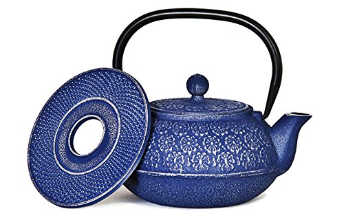 SKÖN Cast Iron Teapot & Matching Trivet (34-Ounce, Blue Floral)