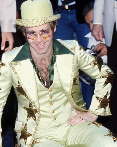 elton-john-green-suit-hat-crazy-sunglasses-8x10-promotional-photograph