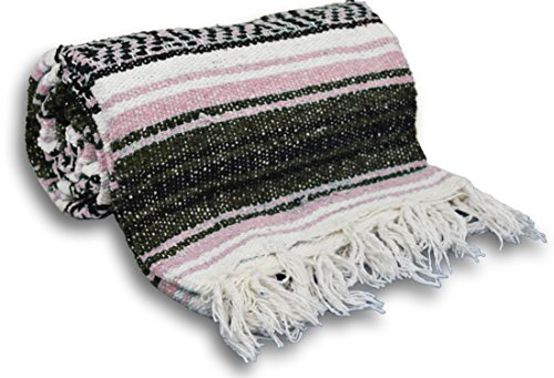 YogaAccessories Traditional Mexican Yoga Blanket – Pink