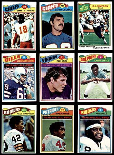 1977 topps football complete set - 6