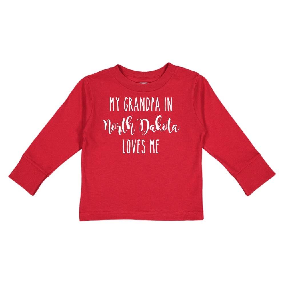 My Grandpa in North Dakota Loves Me Toddler//Kids Long Sleeve T-Shirt