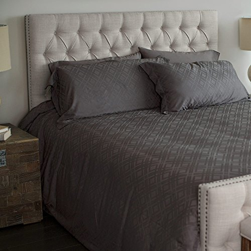 Cariloha Bamboo Jacquard Duvet Cover Set by Includes Duvet Cover and Pillow Shams - 3 Degrees Cooler than Cotton - 100% Viscose from Bamboo (Graphite, Queen)