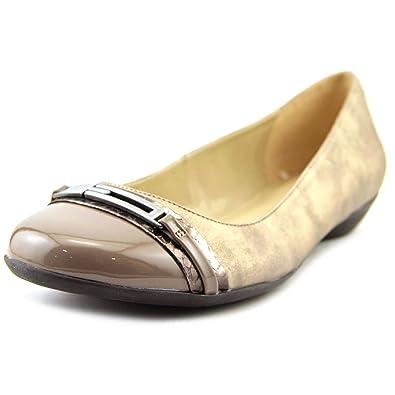 Naturalizer Women's Helina Nickel/Pewter Metallic/Grey Printed Snake Shoe