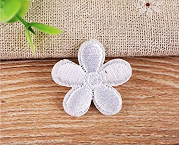 Yalulu 23Pcs Assorted Mini Flowers Patches Embroidered Iron On//Sew On Badge Embroidery Applique Patch for Clothing Jeans DIY