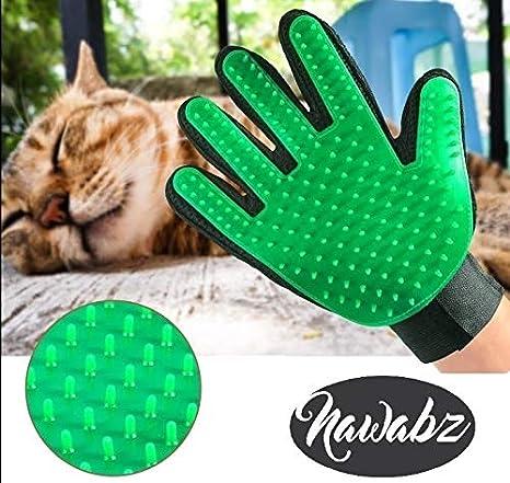 Amazon.com : Pet Grooming Glove Green Cat Dog brush Shed defender hair remover Deshedding Dematting tool Kit Flea Tick lice comb Pet Hair Lint remover ...