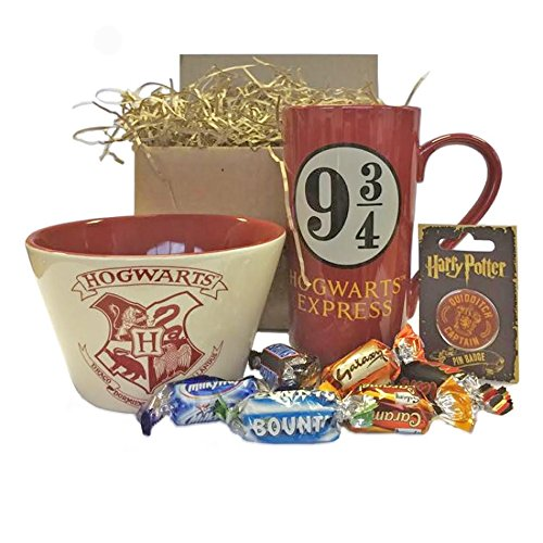 Harry Potter Hogwarts Bowl, Mug, Pin Gift Set