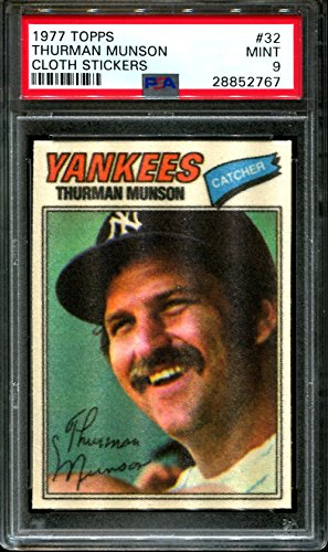 1977 TOPPS CLOTH STICKERS #32 THURMAN MUNSON YANKEES PSA 9 B2569842-767 (Topps 1977 Cloth)