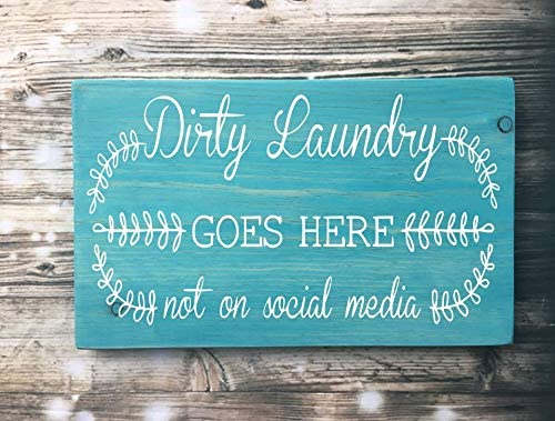 Amazon Com Dirty Laundry Goes Here Not On Social Media Laundry Room Wooden Signs Laundry Room Decor Funny Turquoise Teal Wall Art Wood Sign For Living Room Bedroom Decoration Home Kitchen