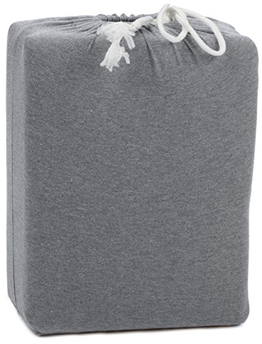AmazonBasics Heather Cotton Jersey Bed Sheet Set - Full, Light Grey - Heather jersey sheet set includes flat sheet, fitted sheet, and 2 pillowcases Woven with pre-dyed yarn with a combed cotton heathered effect Light-weight heather jersey is exceptionally soft and comfortable - sheet-sets, bedroom-sheets-comforters, bedroom - 5113DqobSxL -
