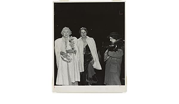 The critic Opening night at the Metropolitan Opera,New York,Social Life,1943