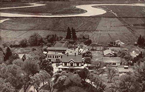 (Hills-Dale House and Cottages Annapolis Royal, Nova Scotia Canada Original Vintage Postcard)