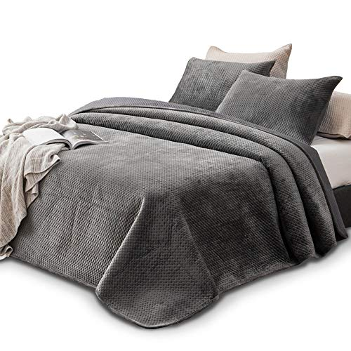 KASENTEX Plush Poly-Velvet Lavish Design Quilt Set with Brushed Microfiber - Luxurious Bedding Soft & Warm Coverlet - Machine Washable Coverlet (Pewter Grey, King + 2 Shams)