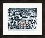 Oscar Robertson Signed Photo - 8x10 Cincinnati Bearcats Big O Image #SC1 Matted & Framed - Autographed NBA Photos