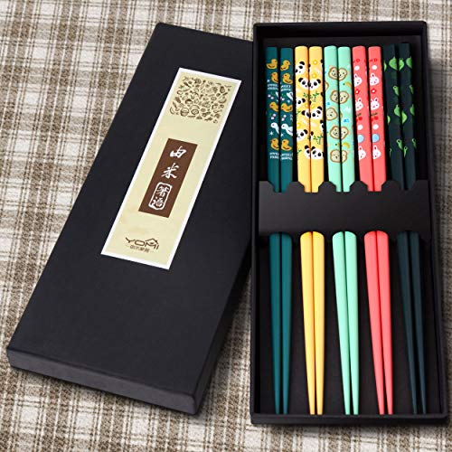 5 Pairs Premium Reusable Chopsticks Set - Natural Wooden Chinese Japanese Korean Chopsticks, Lightweight Easy to Use Chop Sticks Utensils for Asian Food (Colorful Animals)
