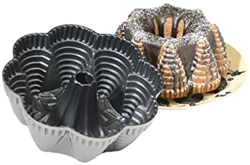 Nordic Ware Cast Aluminum Festival Party Bundt Pan