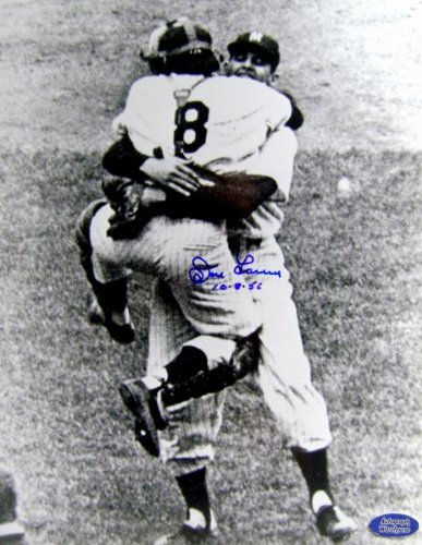 Autograph Warehouse 71110 Don Larsen Autographed Photo New York Yankees 1956 World Series Perfect Game Celebration 11X14 Inscribed - Series Don World Larsen