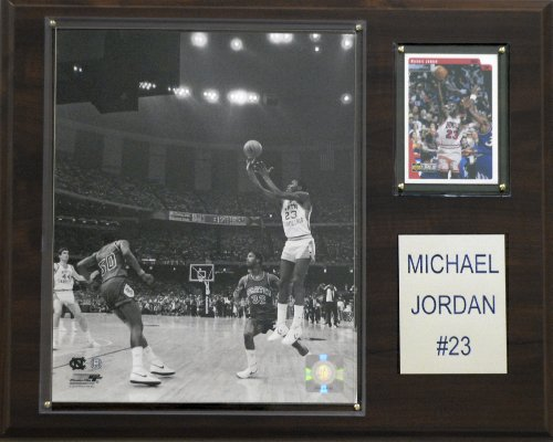 NCAA Basketball Michael Jordan North Carolina Tar Heels Player ()