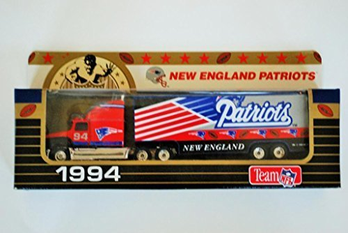 1994 NFL Team Collectible 1:80 Scale Diecast Tractor Trailer NEW ENGLAND PATRIOTS (New England Patriots Collectibles)