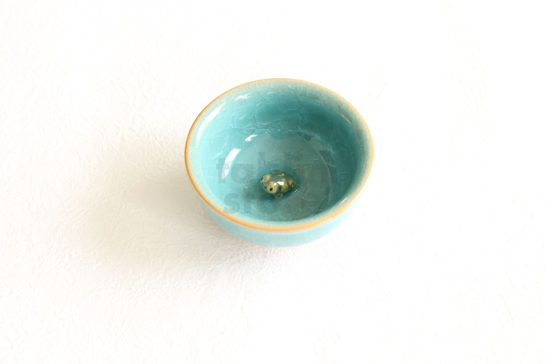 Kiyomizu porcelana taza de Sake japonés Guinomi junzo Okayama Seiji azul Craze rana: Amazon.es: Hogar